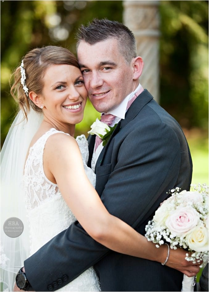 Clare_and_Jason's_wedding_photos_at_Weston_Hall_Staffordshire_by_HBA_Photography_page__0011