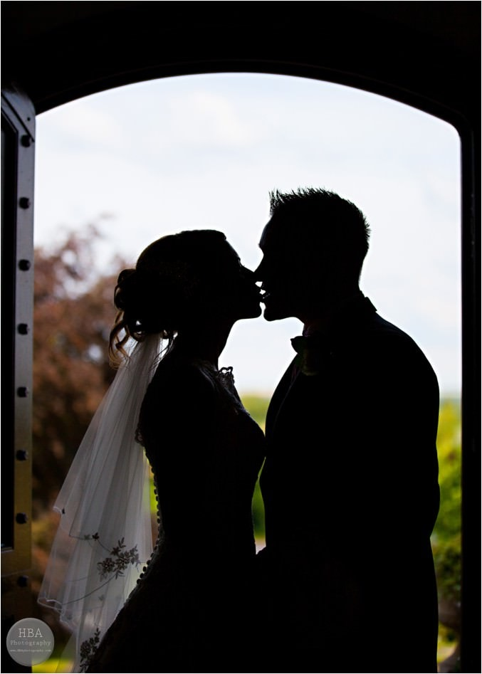 Clare_and_Jason's_wedding_photos_at_Weston_Hall_Staffordshire_by_HBA_Photography_page__0015