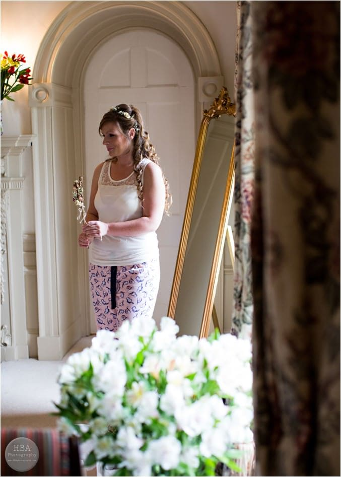 Nic_and_Jim's_wedding_photos_at_Mayfield_Hall_by_HBA_Photography_page__0009