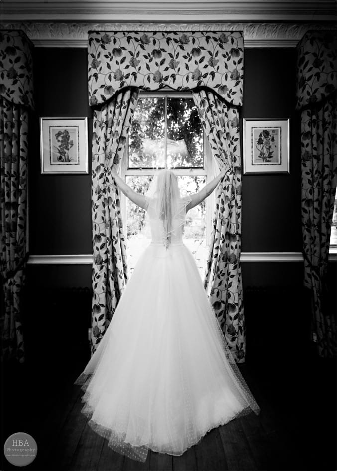 Nic_and_Jim's_wedding_photos_at_Mayfield_Hall_by_HBA_Photography_page__0038