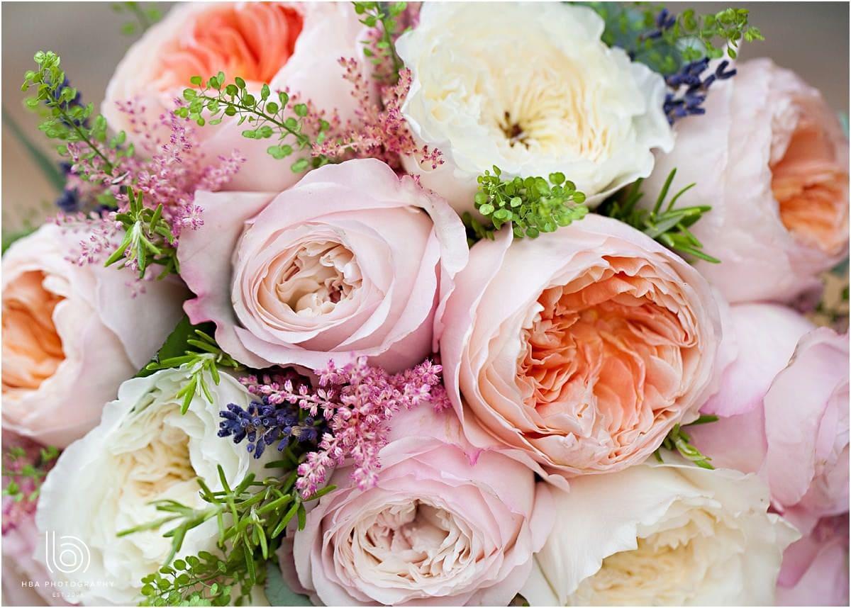 pastel coloured wedding flowers