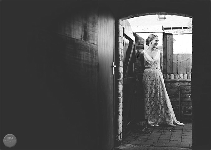 Weddings_at_Mythe_Barn_Atherstone_0031