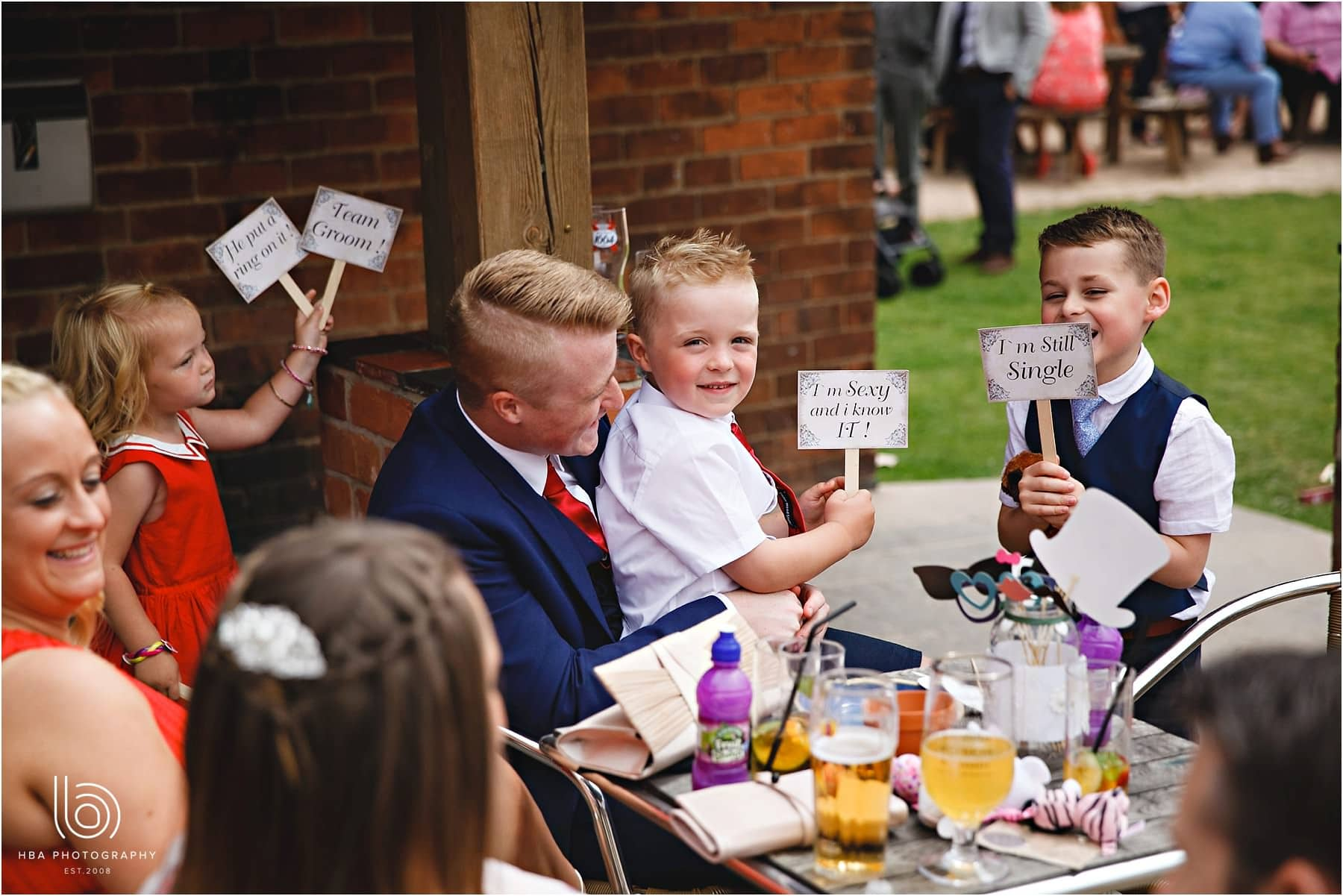 guests playing with signs at Park farmhouse