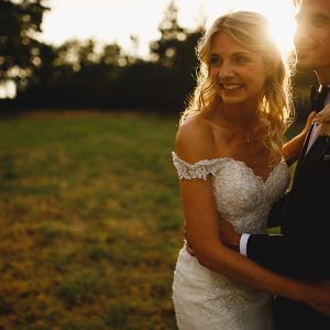 derbyshire wedding photos in beautiful golden sunlight