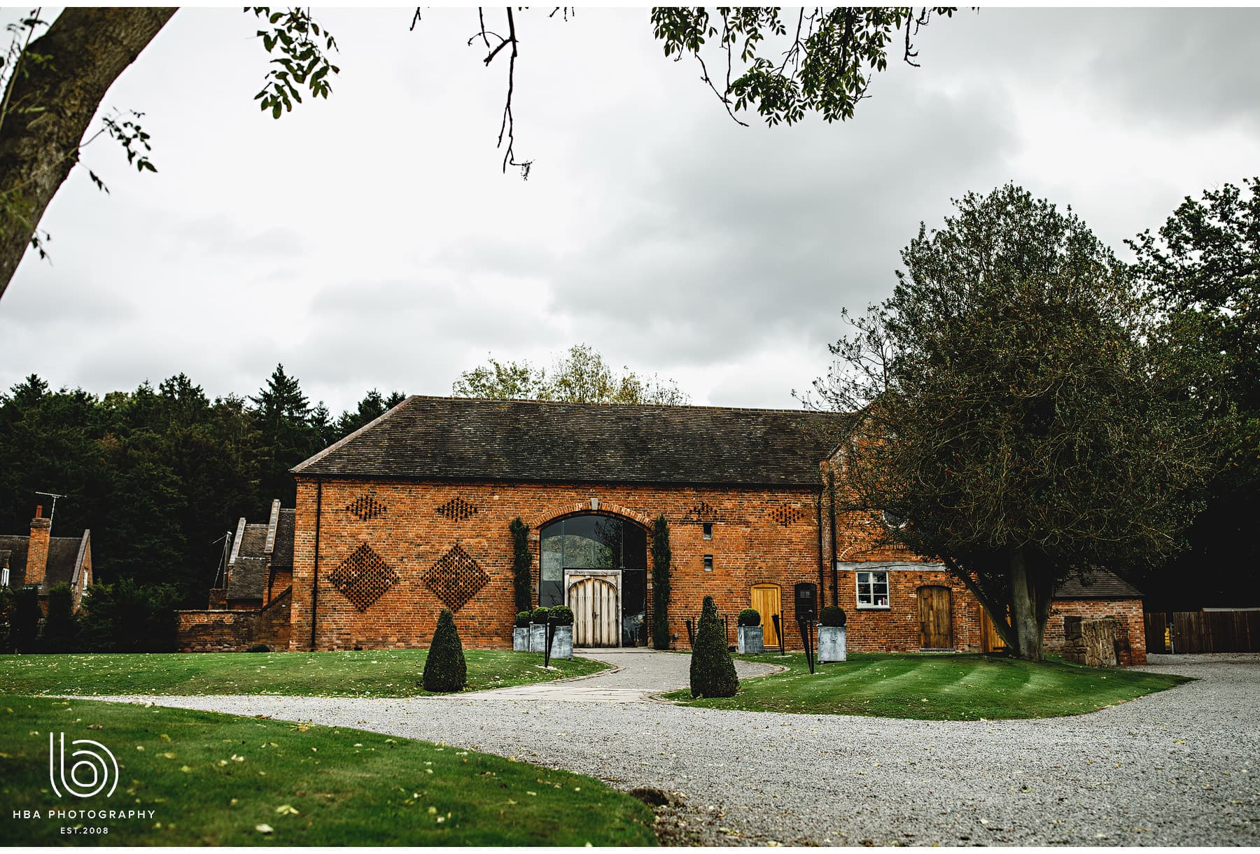 Andrea & Mark married at Shustoke Farm Barn