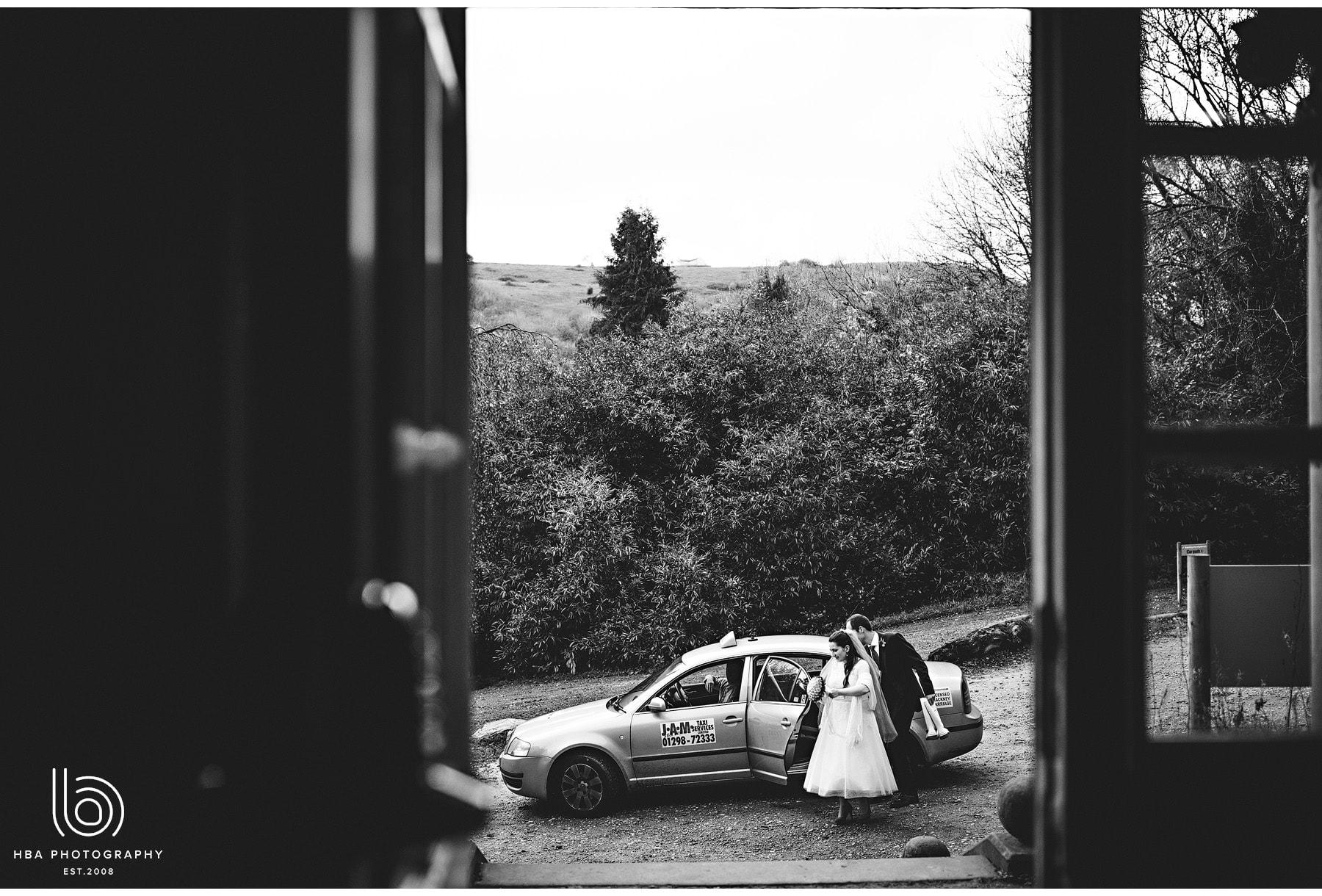 the bride & groom arriving at Ravenstor