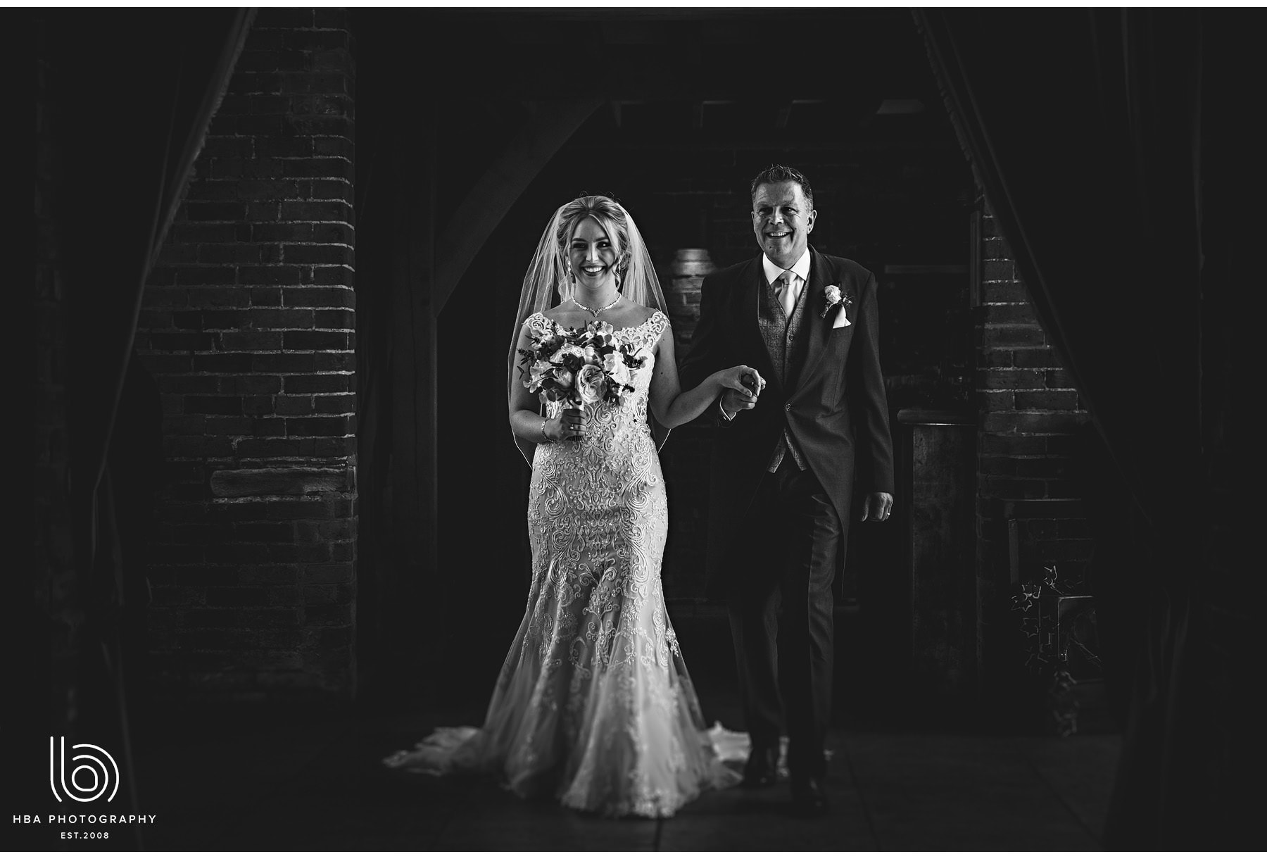 Shustoke_Barns_Wedding_Photography_in_Warwickshire_by_HBA_Photography