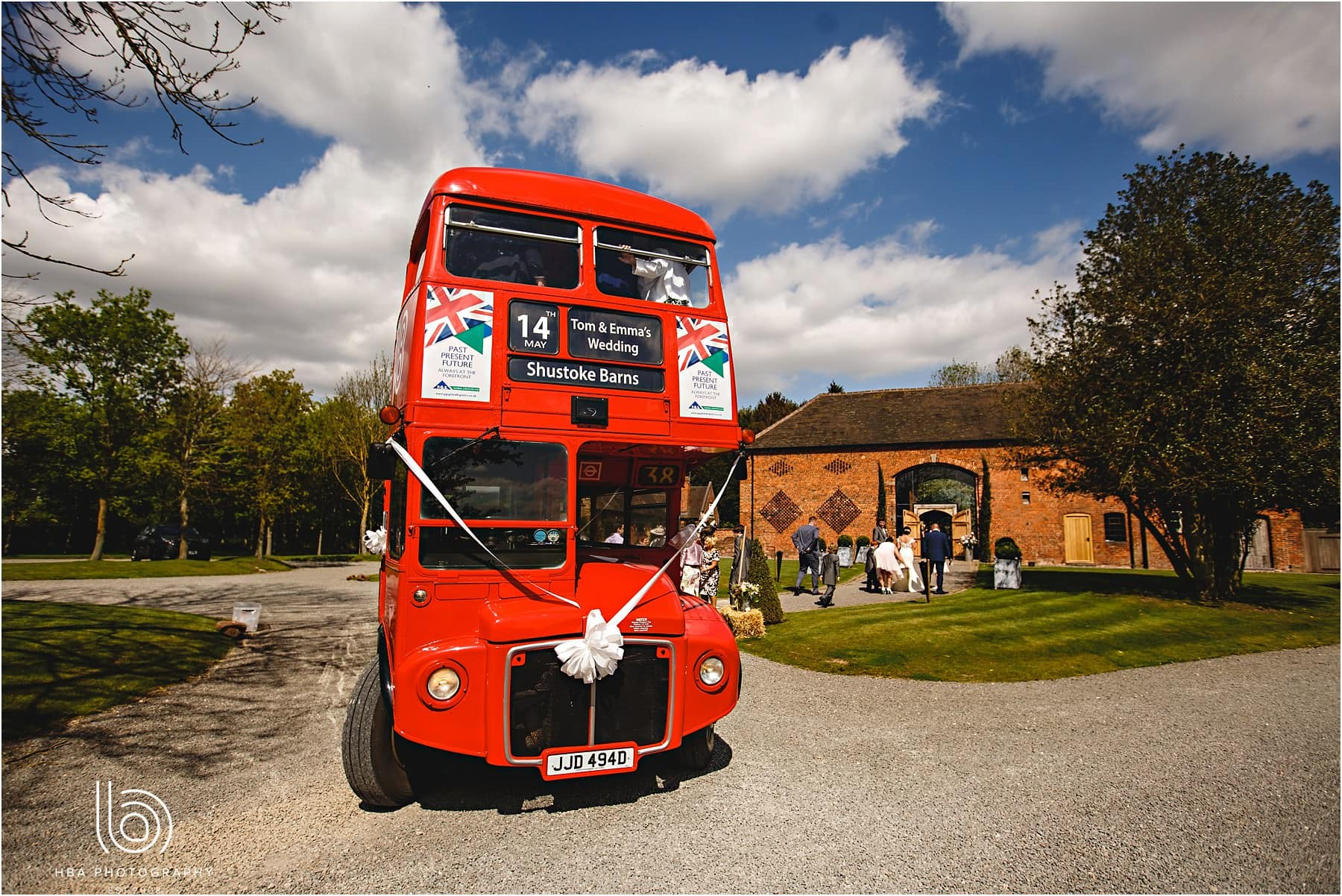 Shustoke_Farm_Barns_Wedding_Photos_Emma_Tom_0032