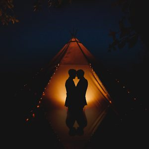 Nymans_tipi_wedding_in_West_Susses