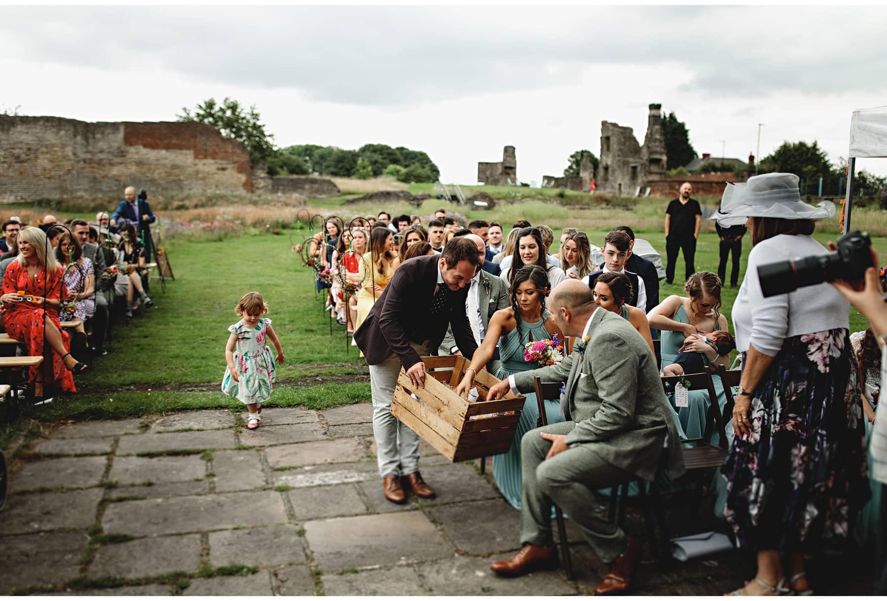 wedding guests getting confetti