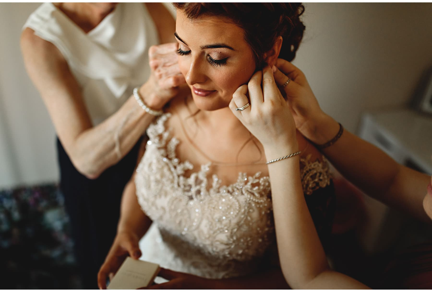 final touches before the wedding